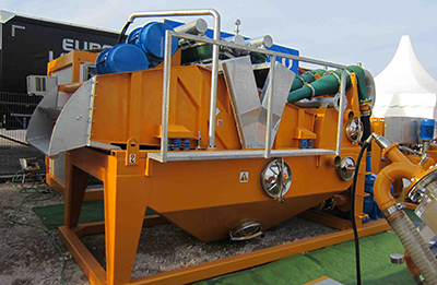 MODEL&CO, manufacturer of mud desanders of double cycloning MD450D for mud treatment for foundation engineering. MODEL&CO, manufacturer of foundation engineering equipment