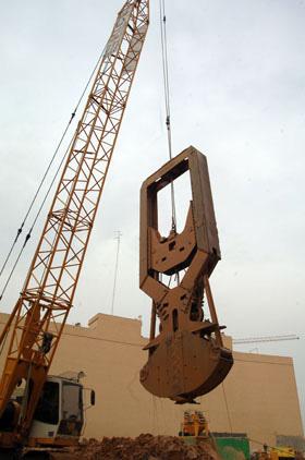MODEL&CO, производитель Механические Грейфера (тросовые грейферы) CMSL для  Стена в грунте, основы инженерного оборудования