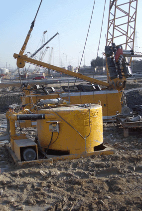 MODEL&CO, manufacturer of batch and mud mixer M16 for foundation engineering. MODEL&CO, manufacturer of foundation engineering equipment