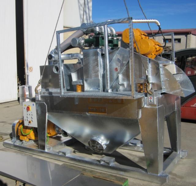 MODEL&CO, производитель Пескоотделители с несложной циркуляционной системой MD120S для оборудования для специальных фундаментов
