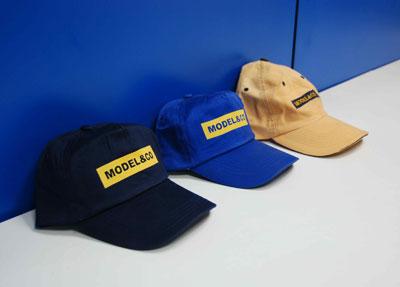MODEL&CO's caps