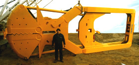 MODEL&CO, fabricante de cucharas mecánicas CMP para maquinaria de muro pantalla para obras de cimentaciones especiales