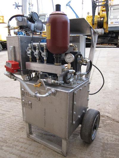 MODEL&CO, fabricante de bomba de inflado de obturadores WP10 para obras de cimentaciones especiales