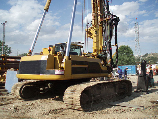 Used Liebherr IMT AF200 CFA for rent and sale. Used CFA piling and micropiling rigs for rent or sale