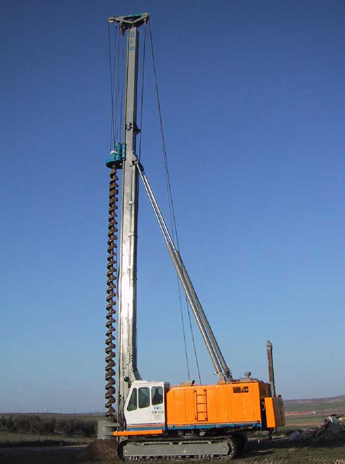 Second hand Model&co BF10 CFA piling rig equipment. Used engineering foundation equipment worldwide
