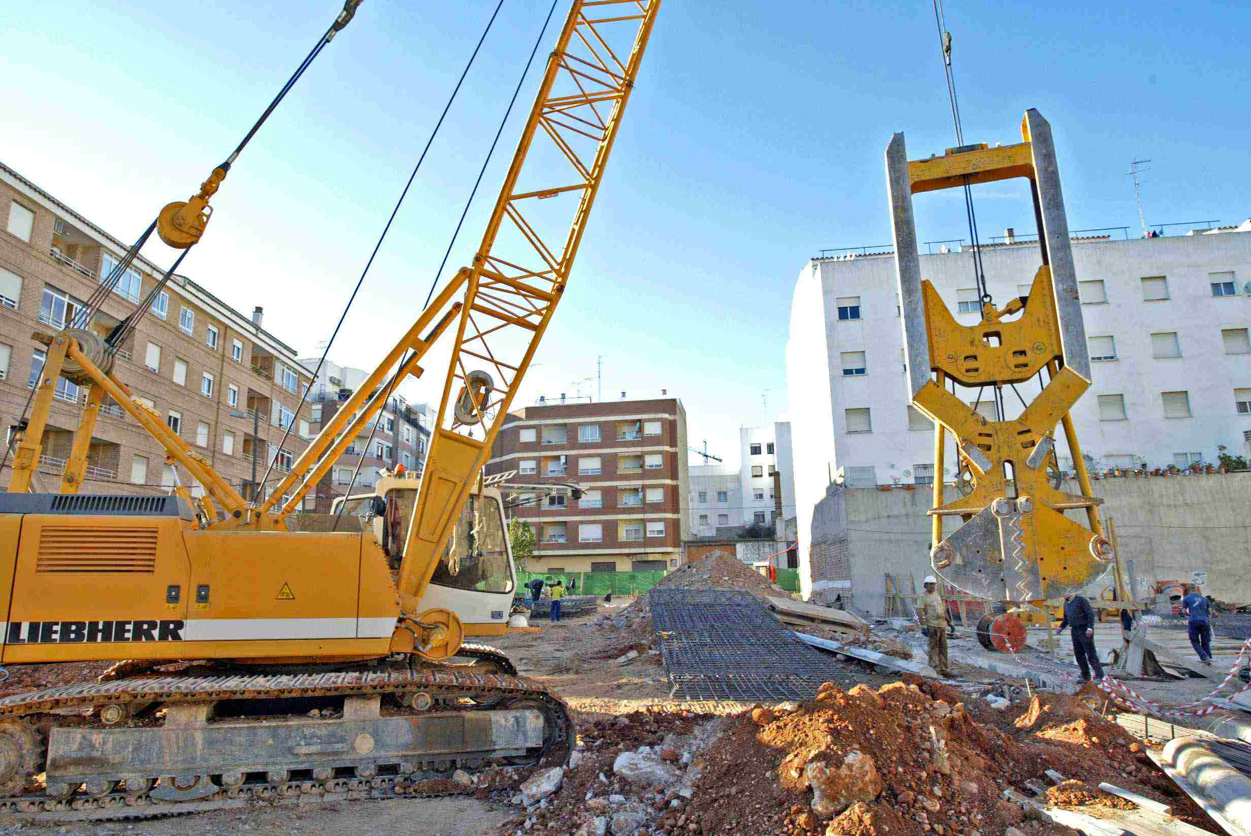 Used Liebherr HS833HD (1997) for rent and sale