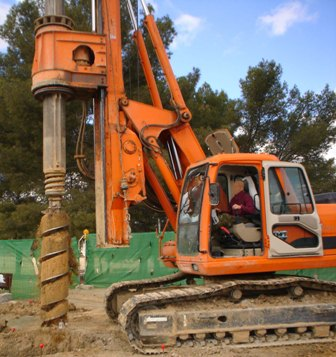Second hand IMT AF130 pile rig machine. Used engineering foundation equipment for piling rigs for large diameter boring